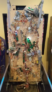 The underside of the playfield is also extremely clean.