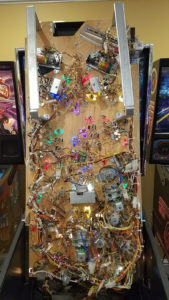 As always, the underside of the playfield has also been deeply cleaned.